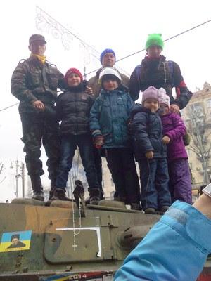 А уже сегодня – на Майдане – дети!
