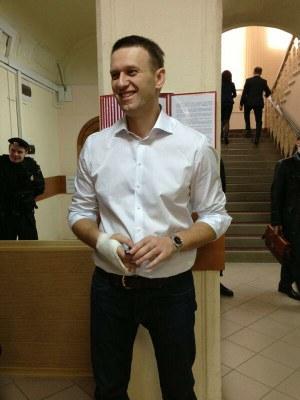 Алексей Навальный – под / над судом