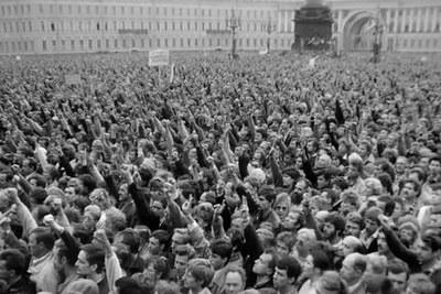 Фильмы Сергея Лозницы: «Майдан», теперь – «Событие» (об августовском путче)