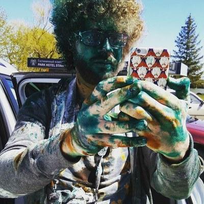 Илья Варламов: Выйти на митинг — 10000 руб. Облить человека зеленкой — 500 руб. Выгодный  прайс-лист