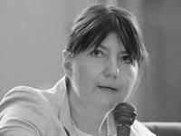 Памяти Юлии Синелиной (1972-2013)