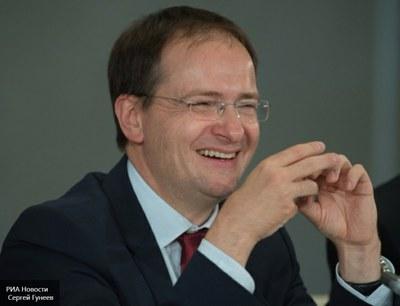 «Долго ли Вы будете позорить моё Отечество - Россию - своим присутствием на министерской должности?»