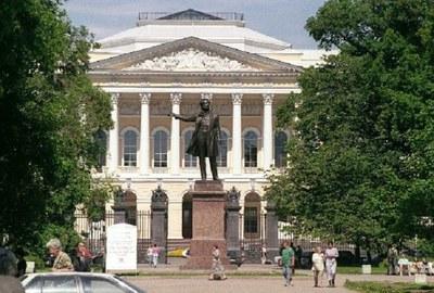 «С Русским музеем я веду душевный разговор»