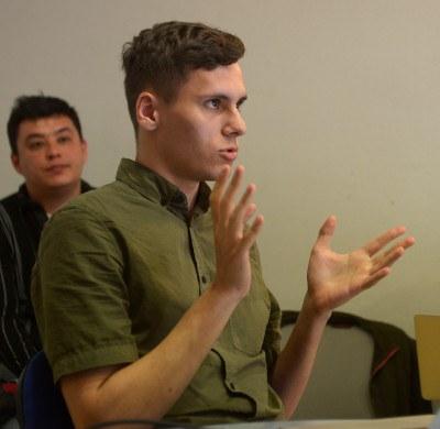 Андрей Тюхтяев о гендере и перформансе