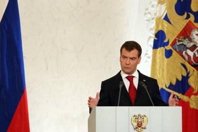 Второе послание Президента Медведева: мнения и первая реакция в Петербурге