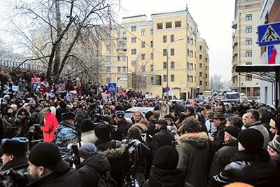 Реакция на приговор Ходорковскому и Лебедеву: Обзор блогов