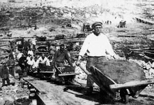О мифах сталинской индустриализации