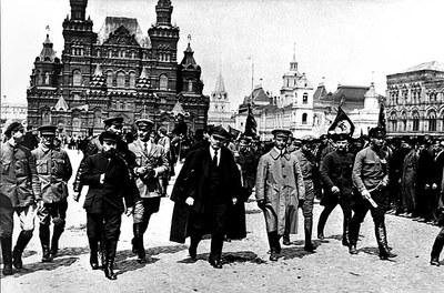 Политический террор и 70 лет «стокгольмского синдрома» в СССР