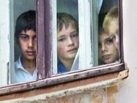 """""""Родительский мост"""" предлагает объединить усилия для спасения детей от сиротства"""