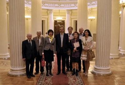 Александр Шишлов и петербургские правозащитники в Мариинском дворце 17.04.2013