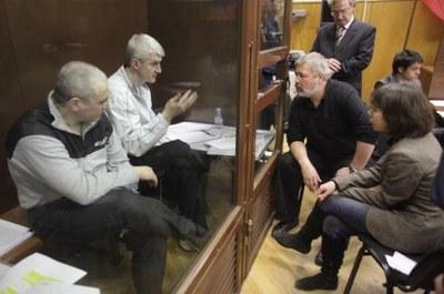 Правозащитный совет Петербурга признал Ходорковского и Лебедева политзаключенными