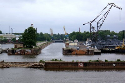 Митинг бывших работников Кронштадтского морского завода