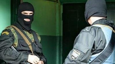 """О нарушениях при обысках у активистов """"Другой России"""""""
