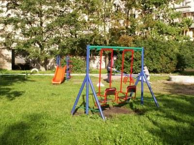 Жители Красного села выступили против застройки детской площадки