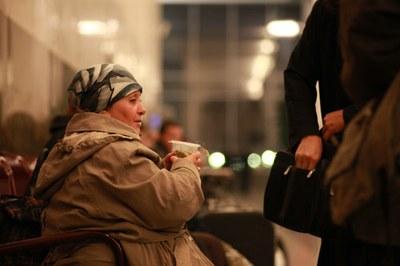 В морозы бездомные взывают о помощи