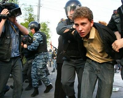 «Лихие девяностые». Они наступили после  70 лет коммунистического маразма