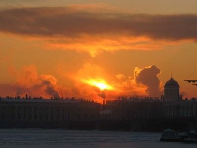Чтобы не замерзнуть, в Петербурге есть пункты обогрева