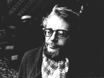 19 апреля 2011 в Петербурге умер Юрий Динабург