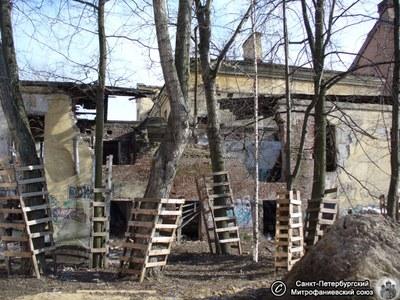Градозащитники сообщают о сносе памятника архитектуры на Васильевском