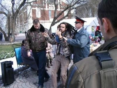 Насильственный призыв в армию участников акций протеста незаконен!