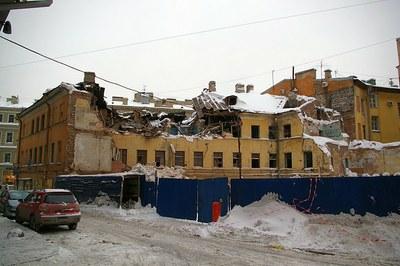 Судья Воробьева приостановила снос дома Рогова