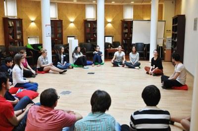 Подростки разных национальностей создадут спектакль о «своих» и «чужих»