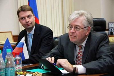 Комиссия ЕС ведет консультации по правам человека в России