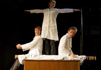 Современный молодежный театр в поисках себя, драматурга и зрителя