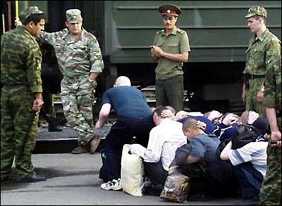 """Военные пригласили """"Солдатских матерей"""" в части"""