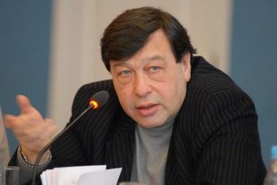 Евгений Гонтмахер о докладе «Россия XXI века: образ желаемого завтра»