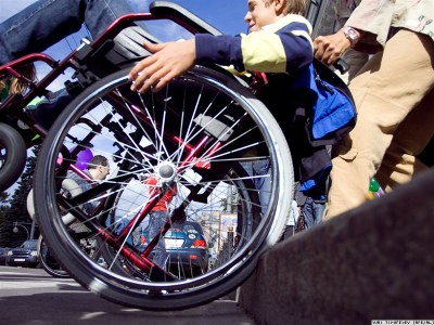 О мерах социальной поддержки инвалидов в Санкт-Петербурге (2010)