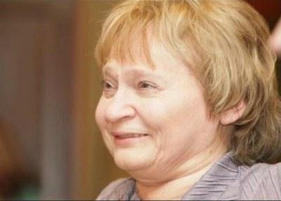 Сегодня в Петербурге прощаются с поэтом Галиной Гампер