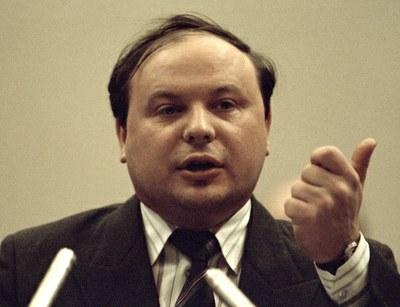 Светлая память Великому гражданину России Егору Тимуровичу Гайдару!