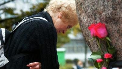 Минтруд не собирается рассматривать ФЦП поддержки жертв репрессий