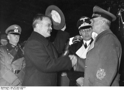 Николай Сванидзе: Сталинизм и фашизм: оба хуже