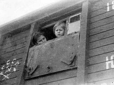 Политика в истории ингерманландских финнов периода II Мировой войны