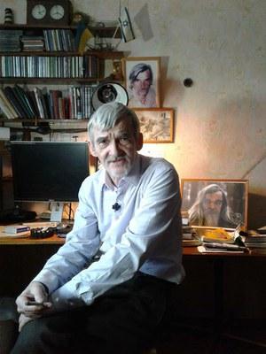 62 года исполнилось Юрию Дмитриеву