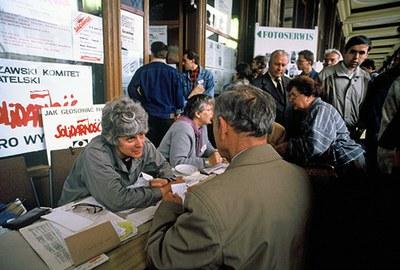 """Виктор Николаев: """"Сегодняшние события наглядно демонстрируют, как оказались правы поляки..."""""""