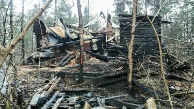О сгоревшем в Комарово деревянном памятнике